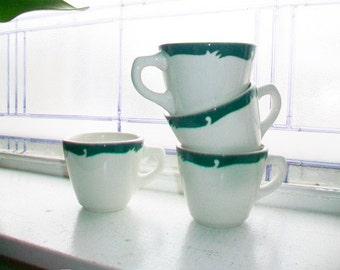 4 Vintage Restaurant Ware Coffee Cups Syracuse China Wintergreen Pattern Green Border