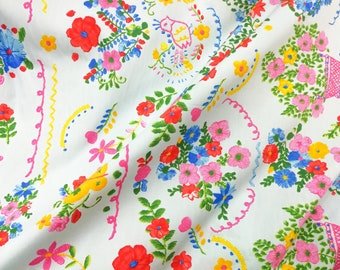 Quilt Cotton Fabric Retro Gipsy Floral Flower in Ivory Fat Quarter Half Yard or Yard