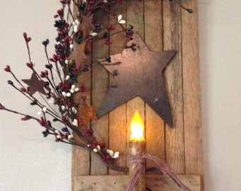 Tobacco Wood Shutter with Candle and Berries - Country Mix
