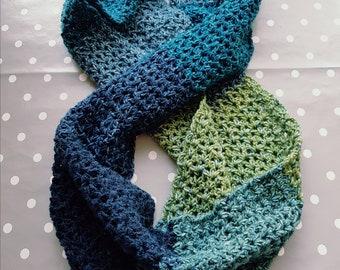 Beautiful Infinity Scarf crochet