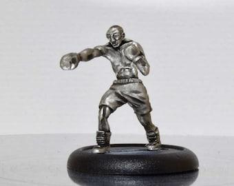 Modern Miniature - Modern Boxer - 28mm Unpainted - WF04