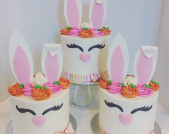 Fondant bunny cake topper set