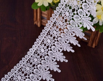 "White Venice Lace Trim Embroidered Victorian Hearts Floral 3"" (8 cm) - Per Yard"