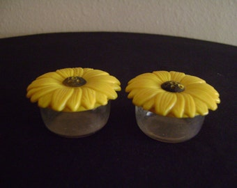 Jay Don Small Sunflower Salt and Pepper Shakers