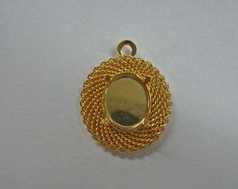 Beautiful Pendant Settings - Gold Plated Cabochon Pendant Settings - Jewelry Supplies - Findings