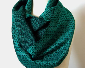 MADE TO ORDER - Handwoven Cotton Loop Scarf - Art Deco Fan Design