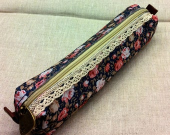 Midnight Blue floral clutch - lace
