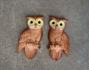 Vintage Owls Pair Set Two Plaster Chalkware Miller Studio 1970s Brown Yellow Wall Hangings Home Decor Woodland