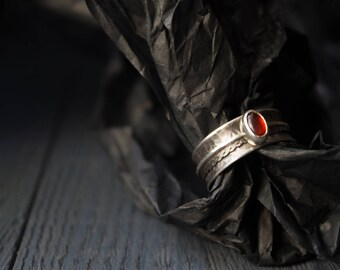 Silver Rotating Rings,Rotating Rings garnet,Sterling silver boho ring,Spinner meditation rings for women,spinning meditative silver ring