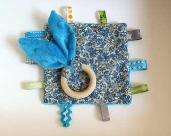 Blanket teething ring and square labels