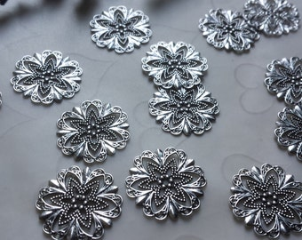 New Item -- 20 pieces of Fancy Round with Cutout Star Stampings in Antique Silver Color -- 21x21 mm