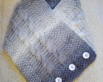 Knitting Pattern: Easy Collar Scarf