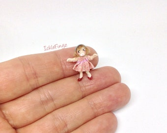 Miniature Doll For 48th 1:48 1/48 1/4 Quarter Scale Inch Dollhouse Baby Girl Doll