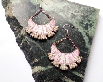 Earrings embroidered by hand, flowers, silver and pale pink.