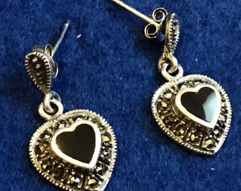 Sterling silver earring with black onyx stone