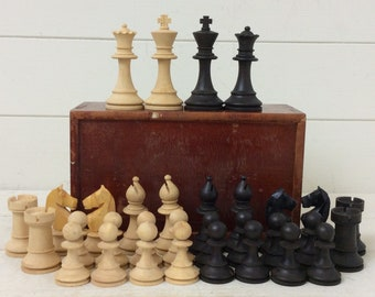 Vintage Chess Set~Boxwood~Ebony~Complete in Pine Box~Chess Pieces~
