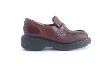 Original Doc Martens Loafer Made in England Size 8 Women/Size 6 Men UK 6