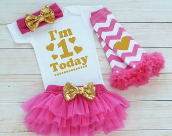 First Birthday Outfit Girl, 1st Birthday Girl Shirt, Cake Smash Outfit, One Birthday Outfit, Birthday Bodysuit, Tutu Outfit, Birthday Gift