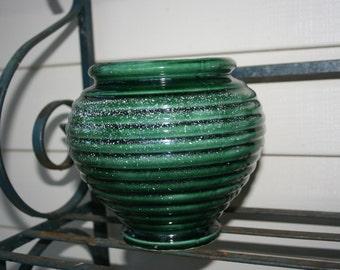 Green Glazed Hull Vase or Urn - # 419 , Made in USA, Vintage Hull Pottery Pot, Speckled Hull Pot,  Hull Planter, Vintage Green Hull Pot