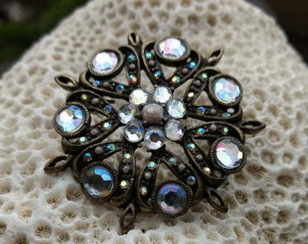 Vintage Brooche - Faux Pearl - Colorful - Rainbow