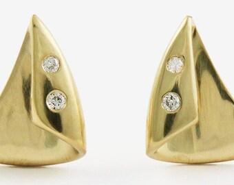 Wonderful Quality 18K Yellow Gold & Diamond Earrings