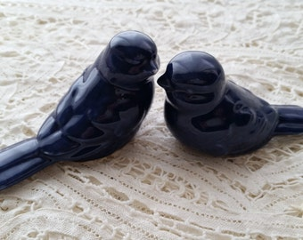 Love Birds Navy Blue Wedding Cake Topper Navy Blue Wedding Cake Ceramic Birds Home Decor Wedding Favors Wedding Keepsake