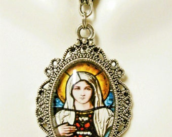 Immaculate heart of Mary pendant with chain - AP04-168