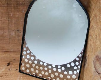 Etched mirror dots pattern