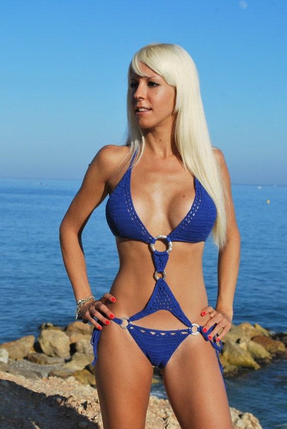 jason-bikinis-big-boobs