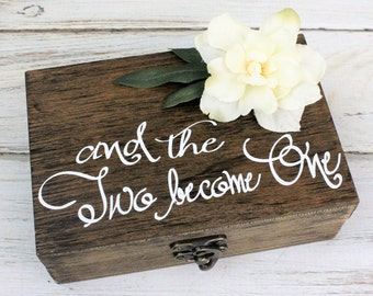 Personalized, Wedding Ring Box, Mr. and Mrs., Ring Bearer Box, Double Ring Box, Wedding Ring Holder, Ring Bearer Pillow, Rustic Ring Box