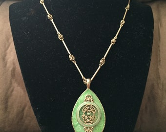 Vintage Goltone Necklace With Teardrop Pendant, Length 18''