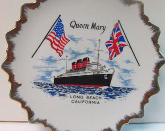 """Queen Mary long beach california plate 8"""" in diameter excellent condition"""