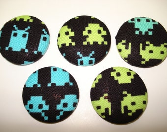 Space Invaders Magnet Set of 5 - Videogames, Arcade, Geekery.