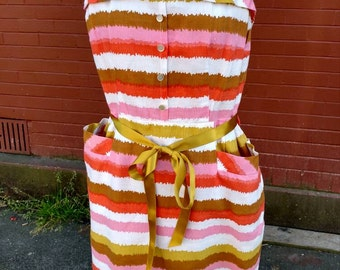 1960s Mod Pink/White/Gold Striped Dress With Pockets