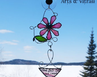 Stained Glass Flower Personalized, Fushia Daisy Bearer Glass Message, Suncatcher, Original Gift, Gift Text, Greeting Text, Personalized Text