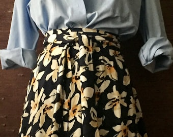 WRAP SKIRT cheerful and elegant size universal