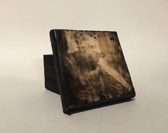 In mourning trinket box