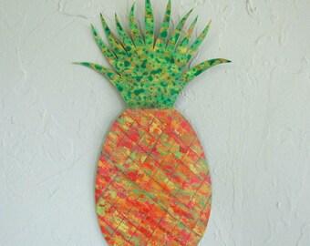 Metal Wall Art Pineapple Sculpture Recycled Metal Tropical Fruit Kitchen Dining Wall Decor Yellow Orange Green Indoor Outdoor 9 x 14