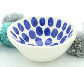 Jewellery dish, hand painted, ceramic, blue, dots, pinch pot, bowl