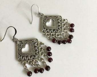 Boho Garnet Dangle  Earrings//Sterling silver Earrings//Crystal Earrings//Gemstone Earrings//Chakra Earrings//Healing Earrings