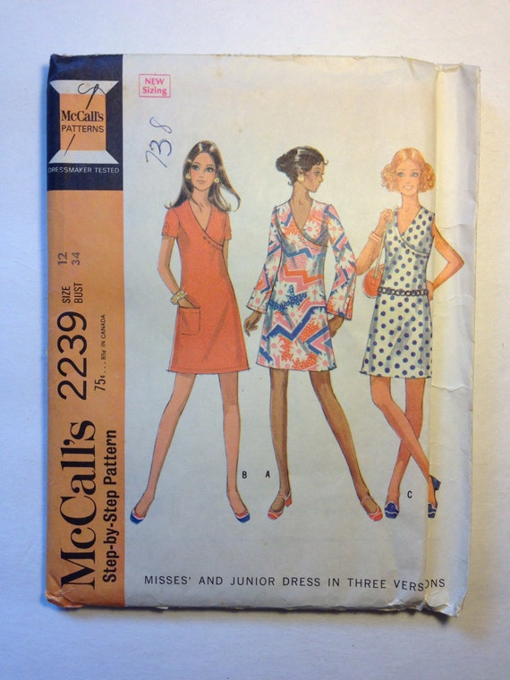 McCalls Sewing Pattern 2239 60s Misses and Juniors Dress in Three Versions Size 12