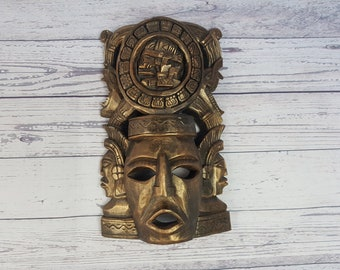 Vintage Hand Carved Wood Mask / Aztec Mask Wall Hanging / Mexican Decorative Sculpture / Ethnic & Cultural Collectible
