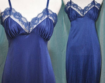 Vintage nightgown, slip, lace, lingerie, nightgown,S,M,blue, midnight blue,