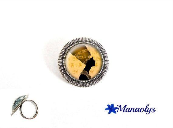 Nefertiti, Egypt, ethnic, antiqued, silver adjustable round 217 glass cabochon ring