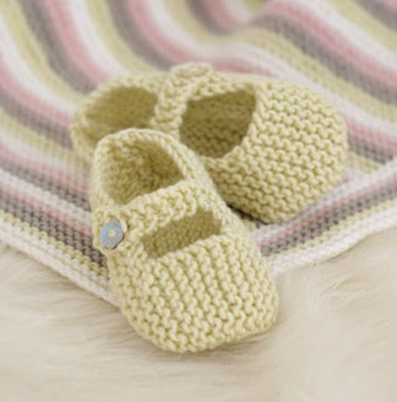 Baby knitting pattern for baby shoes mary jane t bar baby knitting pattern for baby shoes mary jane t bar ballet pumps dk yarn birth 12m boys girls dt1010fo
