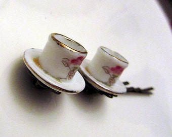 Alice in Wonderland Porcelain Hand Painted Tea cups and saucers hair bobby pin 2pcs