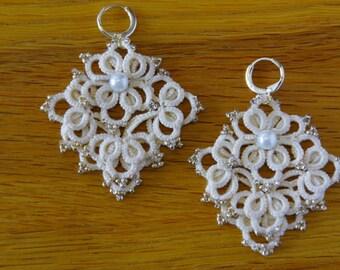 Beautiful earrings - tatting pattern