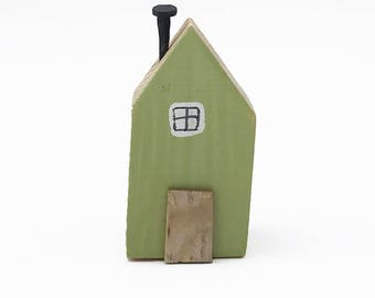 Green Miniature House Fridge Magnet, Refrigerator Magnet, Green Fridge Magnet, Tiny House Magnet, Handmade Wooden Magnet, Memo Board Magnet