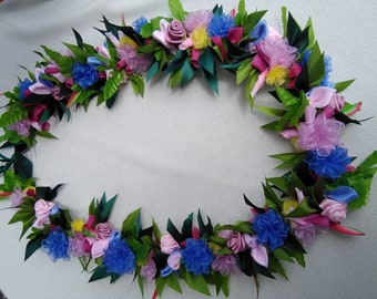 Hawaiian flower ribbon lei