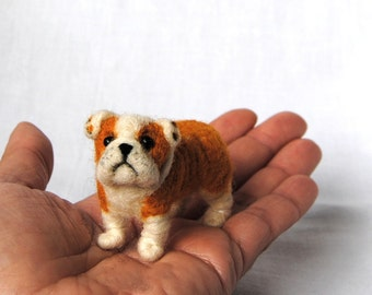 English Bulldog, Miniature Dollhouse Puppy, Felt Dog, Needle Felted English Bulldog, Cute Bulldog Puppy - made to order